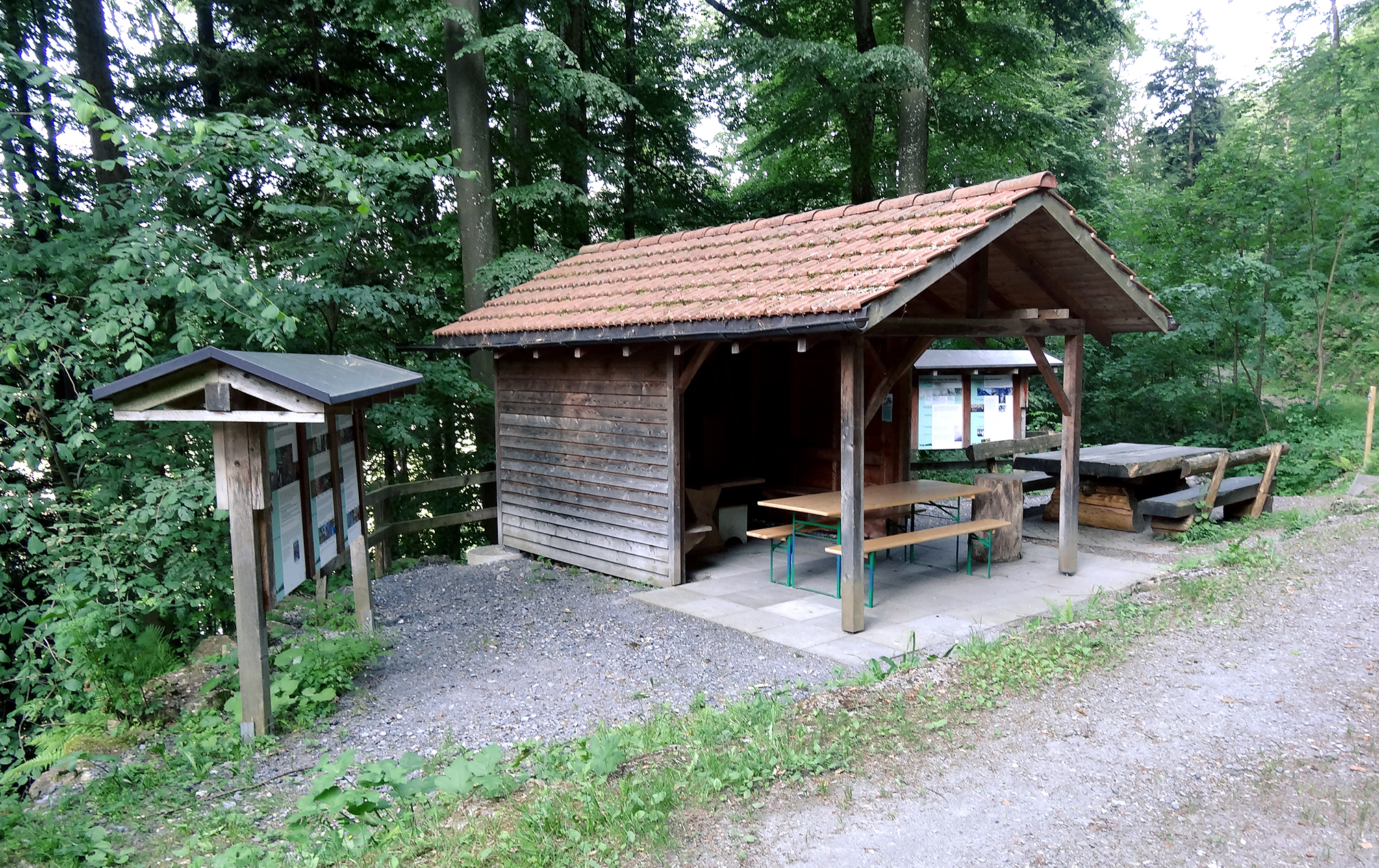 Via Silva Waldlehrpfad Hütte